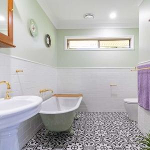 bathroom renovation photos Kuda bathrooms Brisbane Sunshine Coast bathroom renovation photos Kuda bathrooms Brisbane Sunshine Coast