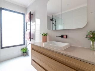 Bathroom renovation photos by Kuda Bathrooms All suburbs brisbane & sunshine coast