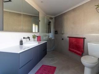 bathroom renovations Tewantin
